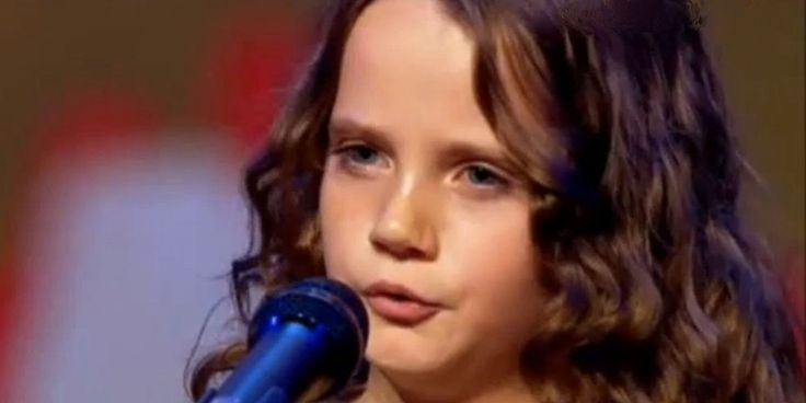 Amira Willighagen - Audition - for English-speaking viewers Published on Nov 6, 2013 Amira Willighagen sings 'O Mio Babbino Caro' on Holland's Got Talent and delivers an astounding performance which results in her being awarded a 'Golden Ticket'. This ticket allows her to proceed straight to the Live Show. Beyond description because this little girl taught herself how to sing!!! :)