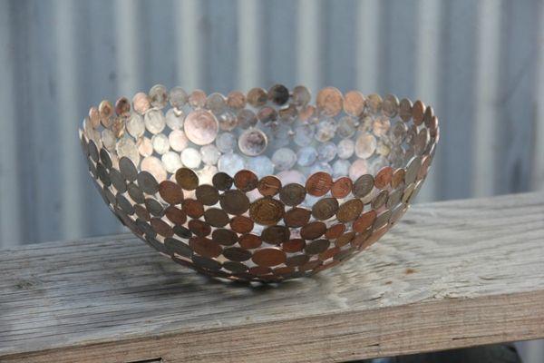 Recycling Basteln - nachhaltige Kunst aus alten Münzen und Schlüsseln