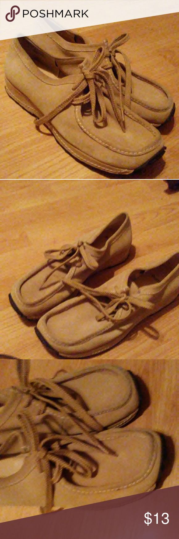 """Ruff Hewn """"Wallabee"""" Style Genuine Suede Shoes Very comfortable...great condition. If you like the comfort of wearing moccasins..you will love these soft suede leather shoes too. Ruff Hewn Shoes Flats & Loafers"""