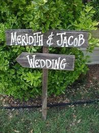 Google Image Result for http://www.danieltaylorphotoblog.com/wp-content/uploads/2011/02/Rustic-Wedding-Sign.jpg