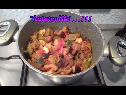 """""""Ratatouille🥗""""...!!! Trovate il #video sul mio canale #youtube vi aspetto😉 #antipasti #ratatouille #antipasto #verdure #ricette #ricetta #food #contorno #contorni #light #melanzana #peperone #zucchina #pomodori"""
