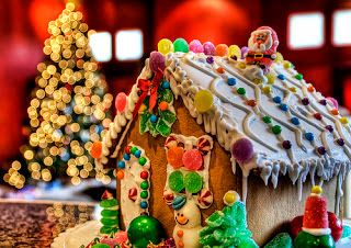 Christmas house with cookies .