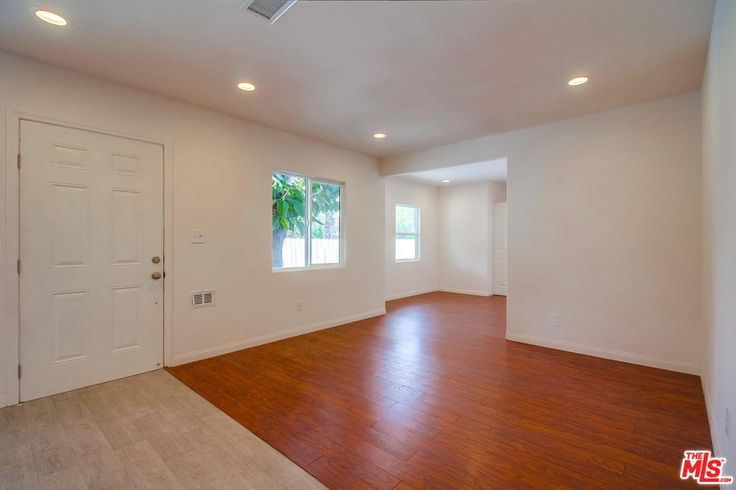 Nice size master bedroom, Ensuite Bathroom and walk-in Closet. Ensuite Bathroom has a walk-in shower with Beveled Subway, Mosaic flooring and built in linen closet.