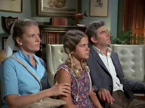 (38) Andy Griffith & Joyce Van Patten / HAWAII FIVE 0  1972/ Jack Lord / Clip 2 - YouTube