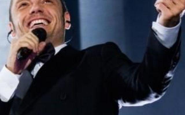 Il tour 2017 di Tiziano Ferro: tappe e prevendite, ecco dove e quando Nuovo grande appuntamento negli stadi italiani con #Tiziano Ferro, che sarà presente con il suo tour in molte città del nostro Paese. Proprio oggi, giovedì 6 ottobre, è stato reso noto che il cantant #musica #tour #italia #cantanti #news