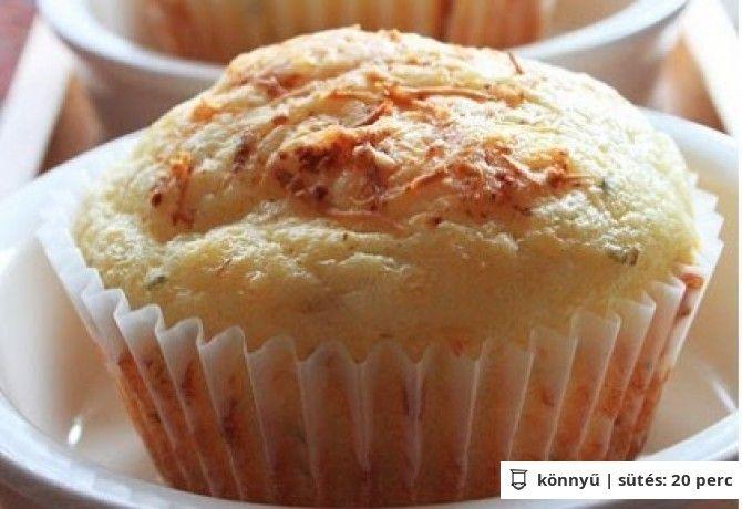 Sajtkrémes muffin belerejtett virslivel