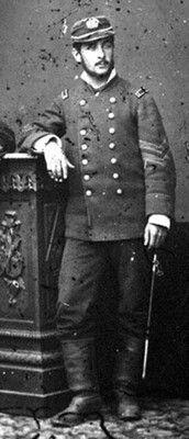 Oficial del Batallón cívico de Artillería Naval, conocido como Navales