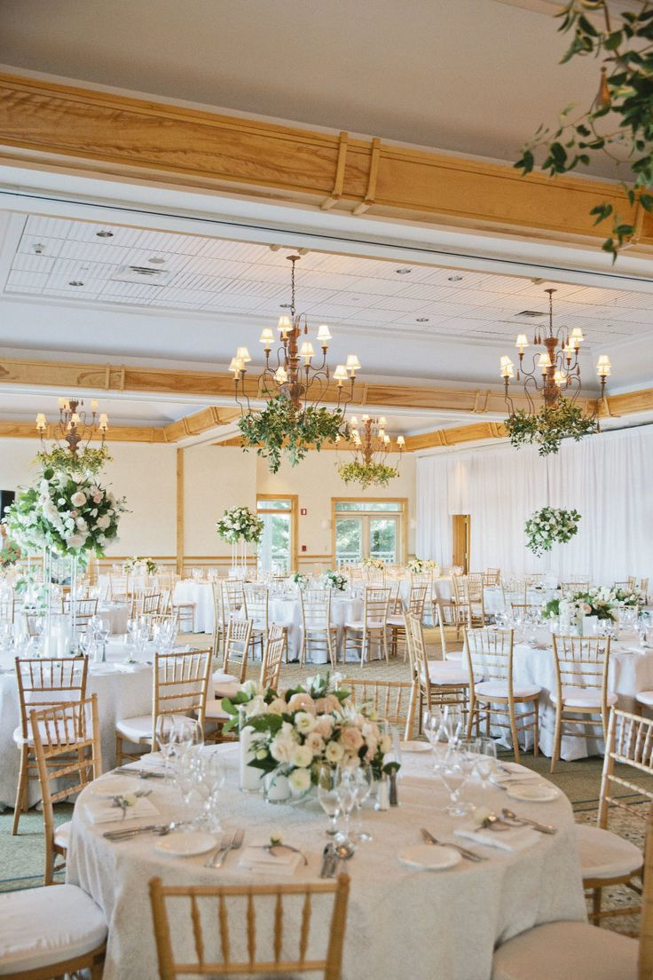 This New England affair of Bachelor's Whitney Bischoff is a classic coastal wedding steeped in romance and elegant details.