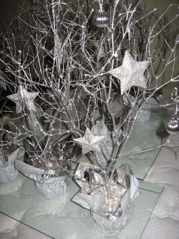Christmas Party Centerpieces - I made 15 of these to decorate the tables at our Christmas party - then gave them away as door prizes!
