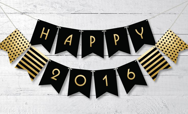Celebrate New Year's Eve in a classy way with this free printable Happy 2016 banner in black and gold.: