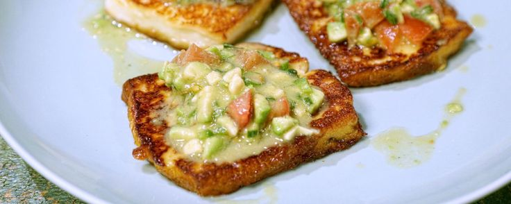 Fry up some delicious halloumi cheese with this avocado salsa for a yummy summer appetizer!