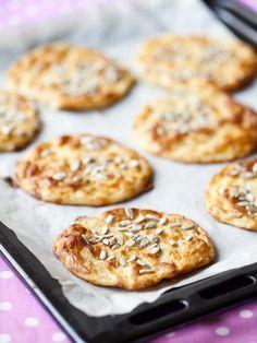 Prova dessa underbart lätta LCHF frukostbröd, perfekt till vardag eller en lyxigare brunch! Här hittar du receptet, lycka till med bakningen!