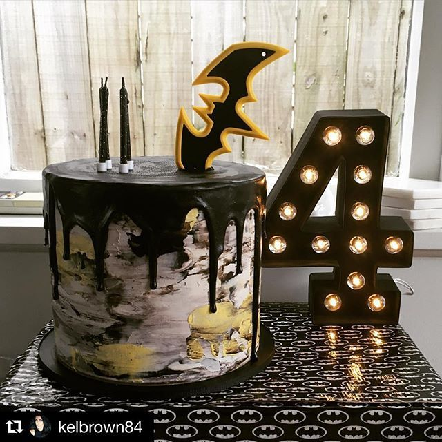 Completely obsessed with this abstract batman cake we crates for Parker who celebrated the big 4 today!! Topper and candles added by Parkers Mum to complete the look ✔️ #Repost @kelbrown84 with @repostapp. ・・・ @magnoliakitchen you are spectacular! Had so many compliments on this gorgeous cake! Thank you!