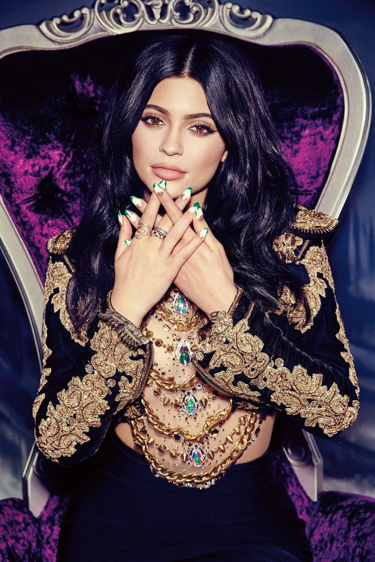 Miss Vogue talks beauty with Kylie Jenner - click through to read in full