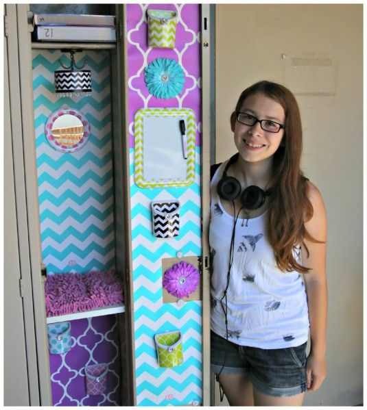 Locker Wallpaper Diy: Such A Cute And Easy Way To Decorate