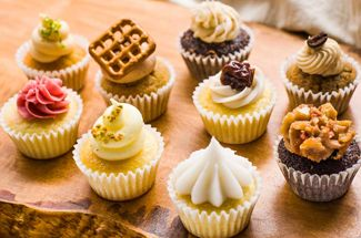 Get Boozy Cupcakes Delivered via @PureWow