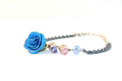 Miss Mysterious real rose bracelet Sarah Blue real flower jewellery collections