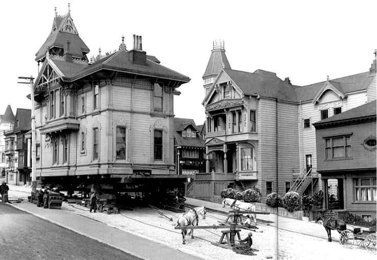 A house on the move in 1908, San Francisco