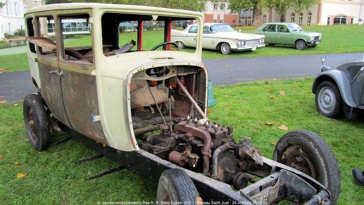 Très vieux modèle de voiture - http://pomme-cidre-tradition.fr/