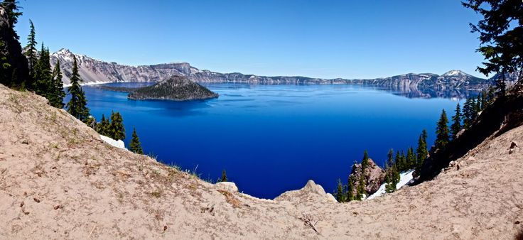 about-usa:     Crater Lake National Park - Oregon - USA (by Michel de Graaf)
