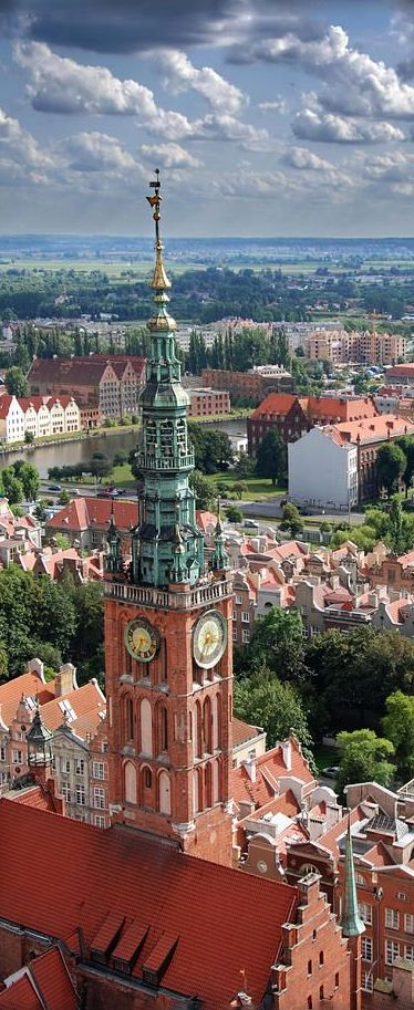 poland outbound tourism The outbound tourism in poland reported a record-breaking summer season a recent study by the polish association of tour operators revealed that trip sales increased by 125 percent.