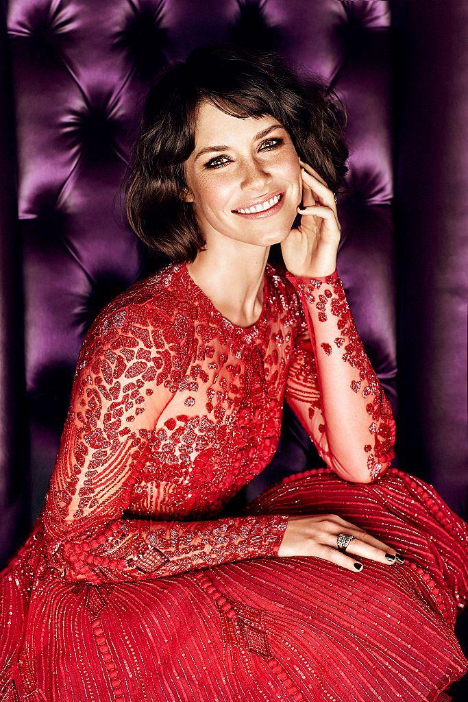 真っ赤なドレスで気品ある女性らしさに❤︎エヴァンジェリン・リリー♪