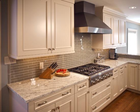 River Oaks White Kitchen by Ashley Scherch http   www houzz com. 180 best Houzz com images on Pinterest   Beautiful homes  Curb