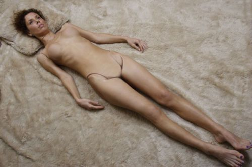 alex-sandwell-kliszynski nude doll