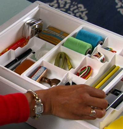 8 easy and affordable ways to clear the clutter in your home and create well-organized spaces. myhomeideas.com