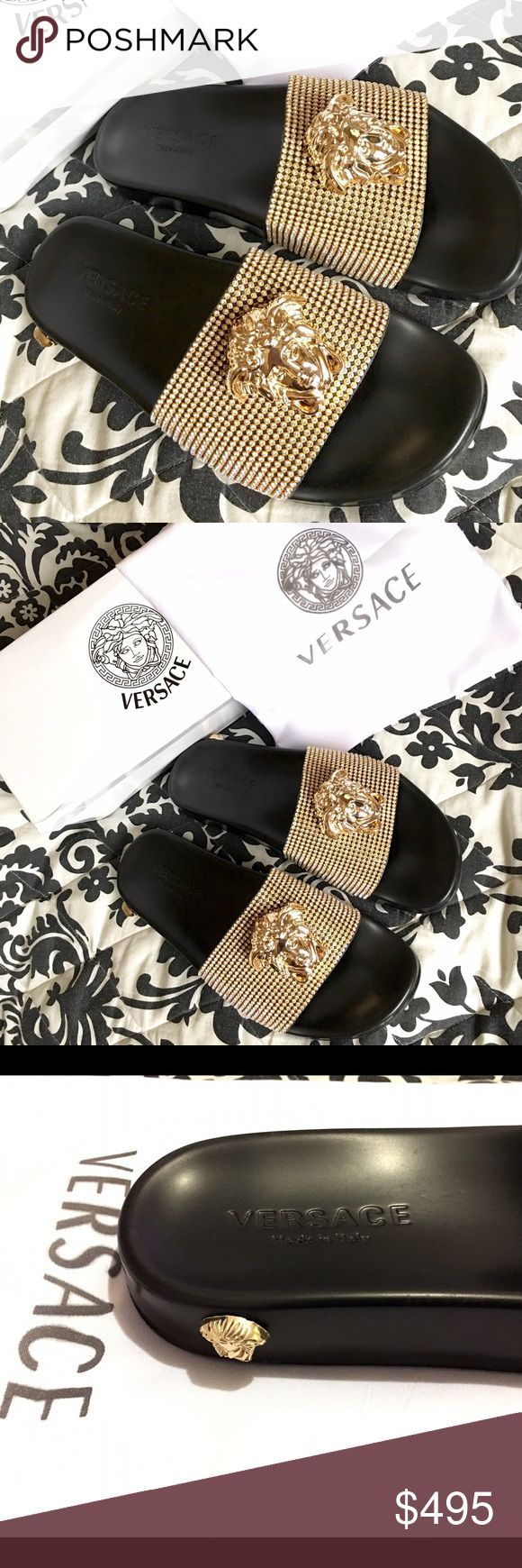 LUXURY VERSACE SLIDES!!! LUXURY VERSACE SLIDES!!! BRAND NEW!!! UNISEX....FOR MAN OR WOMAN!!! AVAILABLE IN SIZE.....10 & 10.5 USA!!! COMES WITH BOX AND DUST BAGS!!! LIMITED STOCK, ONLY WHILE SUPPLIES LAST!!! GREAT GIFT IDEA!!! CHECK MY LISTINGS FOR OTHER GREAT ITEMS!!! Ignore: Versace medusa flip flop flops slippers sandals slides palazzo open toe sandal slipper Versace Shoes Slippers