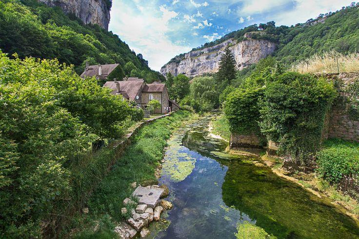 Le village de Baume-les-Messieurs sur le Blog de Denis | Jura, France…