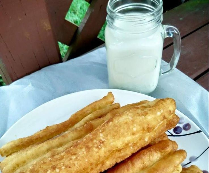Recipe Chinese Breadstick with Soy bean drink by sdi12 - Recipe of category Breads & rolls