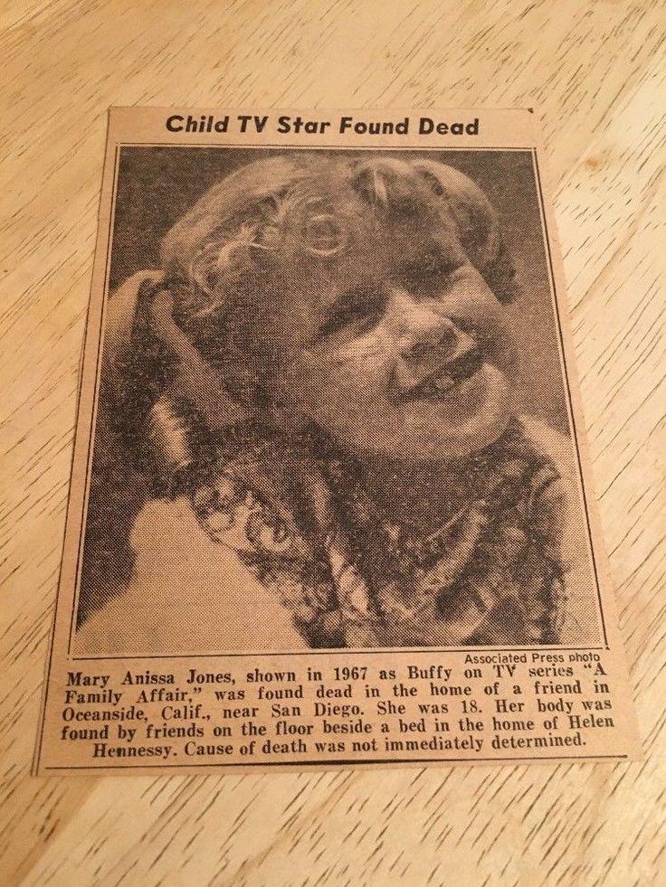 Obituary - ANISSA JONES -  8/30/76  - NY DAILY NEWS Newspaper Clipping