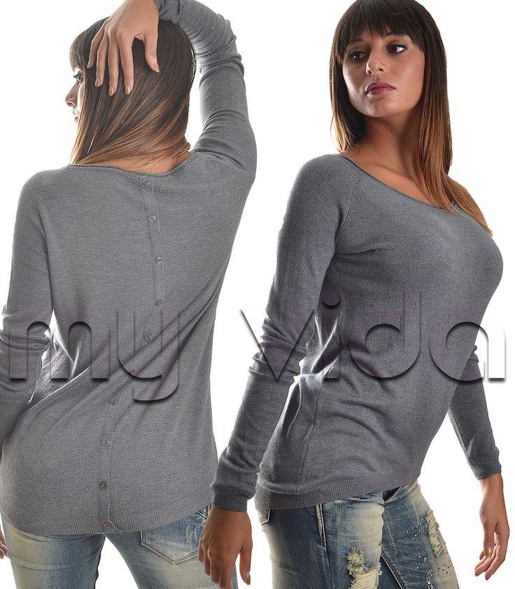 #Maglione #maglia donna girocollo manica lunga. Corto avati e più lungo nella parte postreiore. #pullover #musthave #look #stile #glamour #collezione #urban #outfit #trend #dress #tendenza #fashion #fascionvictim #cult #donna #girl #woman #esserealtop  http://www.myvida.it/donna/abbigliamento-donna/maglieria