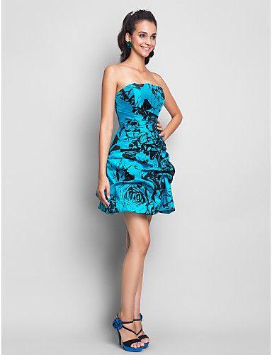 Ideas para Lucir un Vestido Corto de Fiesta - Para Más Información Ingresa en: http://vestidoscortosdemoda.com/ideas-para-lucir-vestido-corto-de-fiesta/