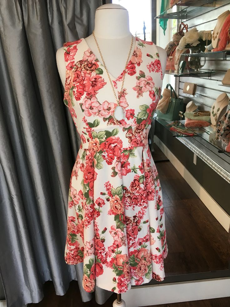 Cream & Floral Summer Dress - This is another pattern of one of our most popular summer dresses for 2016. It is perfectly tailored to flatter many different body shapes and is made from soft, breathable fabric. (Cream & Floral Dress $68CAD) #summer #summerstyle #fashionista