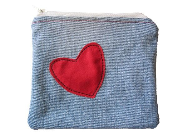 Coin Purse, Small Makeup Bag, Recycled Denim with Appliqued Red Heart  Coin or Makeup Bag, Small Zip Purse by BobbyandMeSew on Etsy