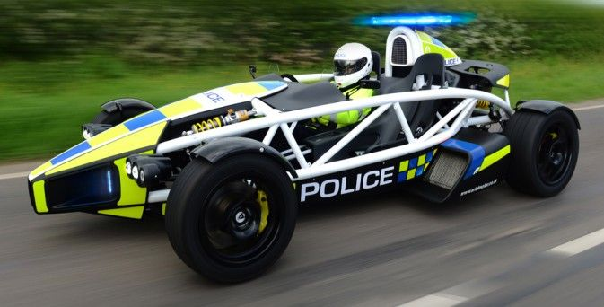 La Police britannique en Ariel Atom 3.5R