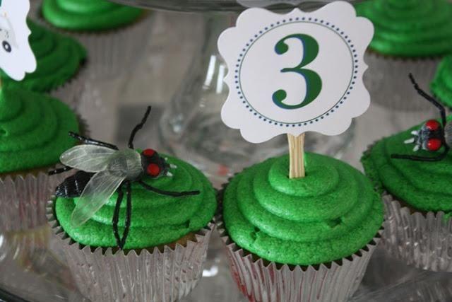 boy's birthday party cupcakes