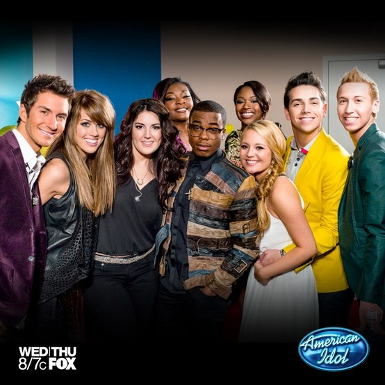 West Coast- American Idol starts now! Check in for an exclusive sticker: http://fox.tv/15rXKkQ