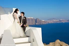 a wedding at Katikies Hotel www.katikies.com in Santorini, Greece
