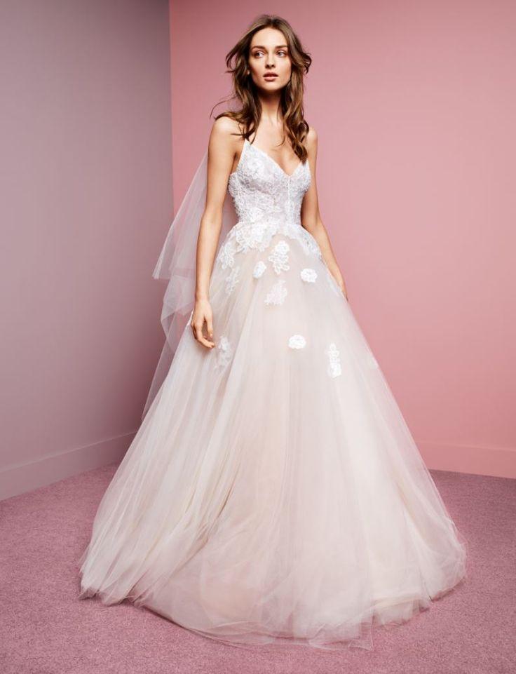 1000 ideas about monique lhuillier dresses on pinterest for Monique lhuillier wedding dress designers