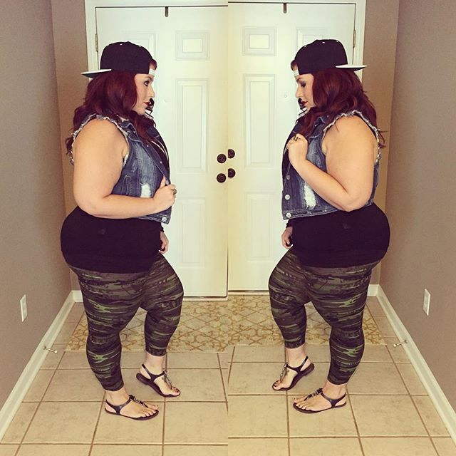 """""""More leggings from @black_sheep_legging ! These camo print ones screamed for a…"""
