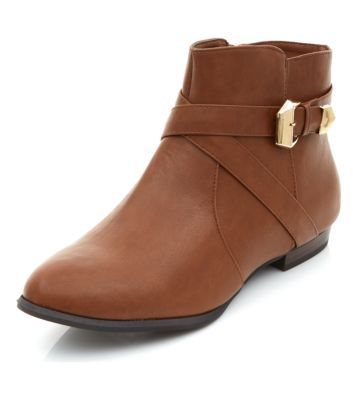 Brown Cross Strap Buckle Boots