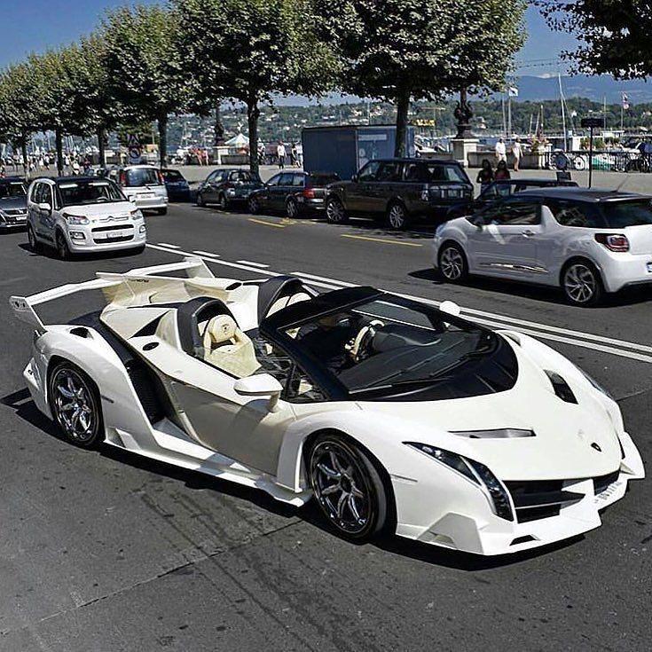 Awesome Lamborghini Veneno Rate 1-100! • Photo by: @il_carsphotography • #veneno #lamborghini (Cool Cars Supercars)