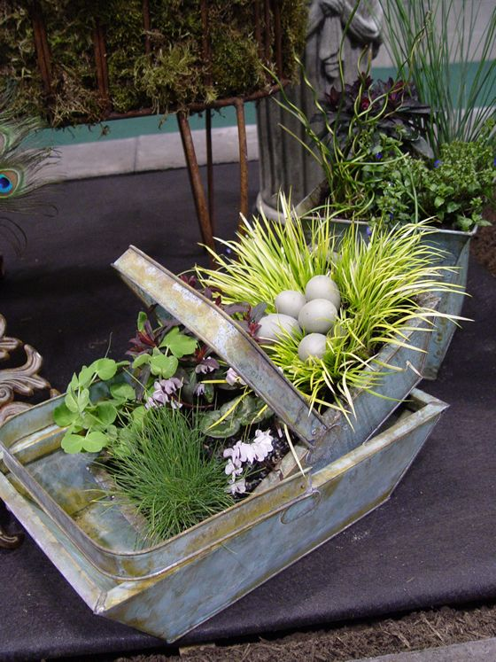 spring container garden crafts pinterest gardens green garden and flowers. Black Bedroom Furniture Sets. Home Design Ideas