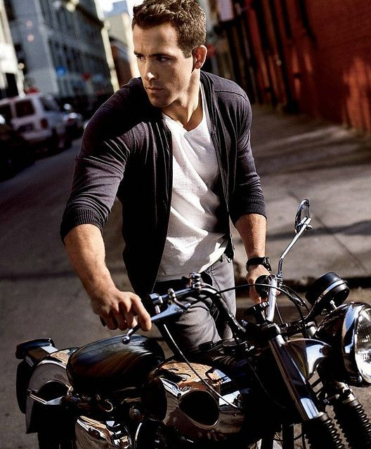 Ryan Reynolds, Check!  Motorcycle, Check!  = Hot all around!