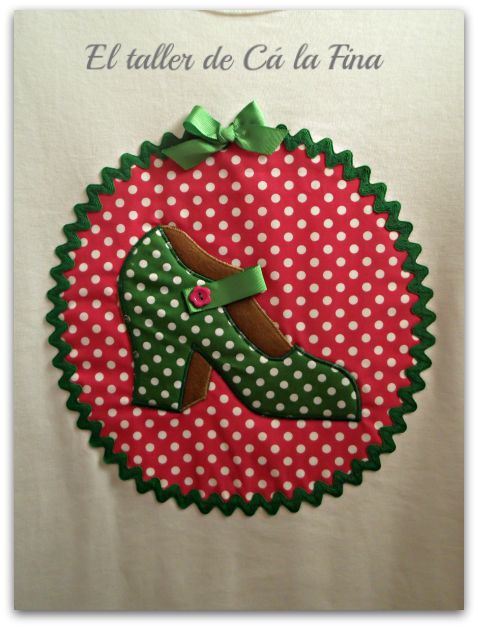 """Camiseta flamenca """"Tacón"""" fucsia-verde detalle #camisetasflamencas #camisetaspersonalizadas #camisetasdecoradas"""