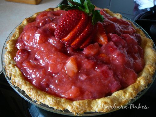 Fresh Strawberry Pie: Pies Quiches, Crushes Strawberries, Strawberries Heavens, Pies Yummy, Fresh Strawberries, Cobbl Feet, Strawberries Pies, Pies Tarts Cobbler, Pies Crusts Recipes
