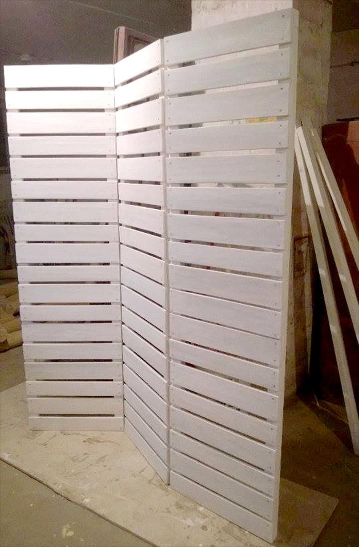 Pallet Room Divider Ideas - Privacy Screens | 101 Pallets